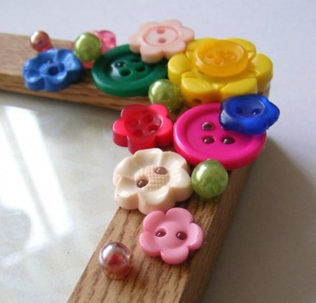 DIY Cornice con bottoni